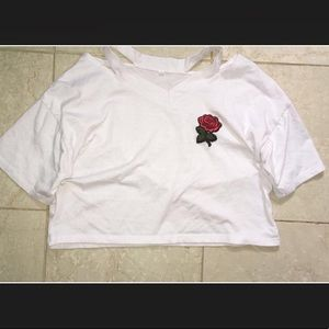 Rose embroidered white //T-SHIRT